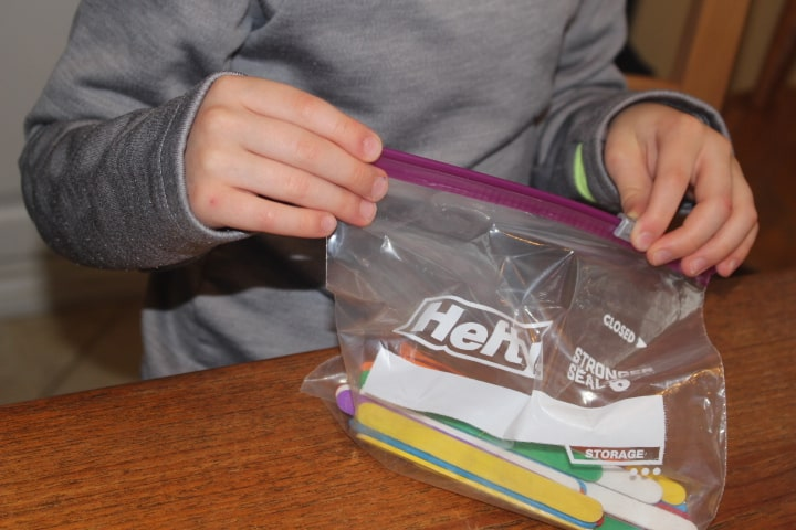 Opening Hefty bag with slider mechanism